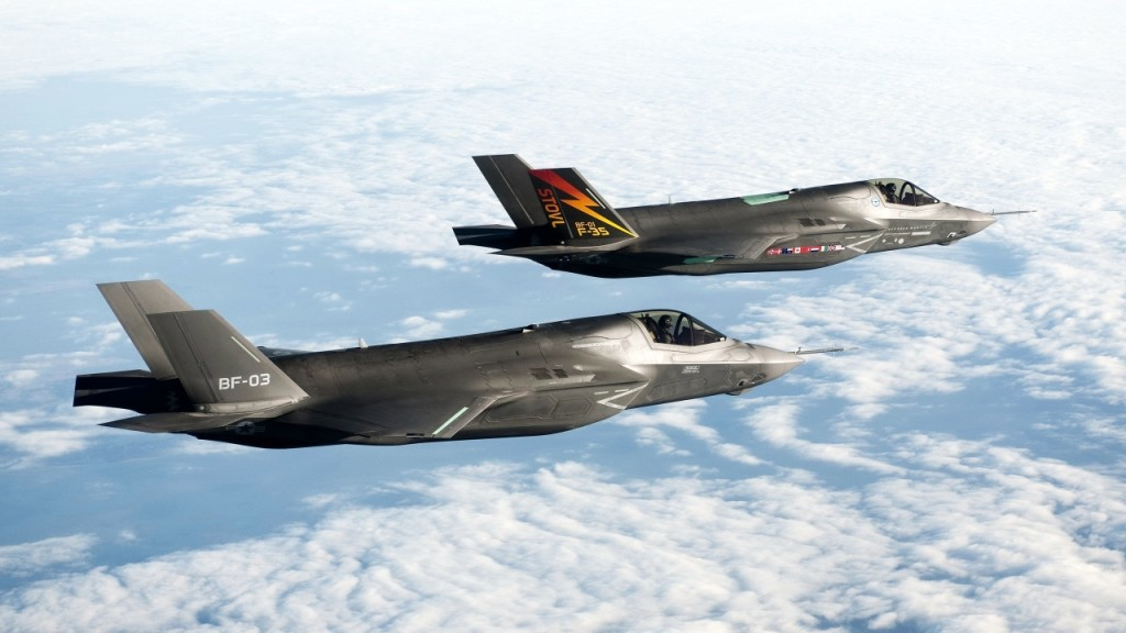 BF 1 F 35 Fighters