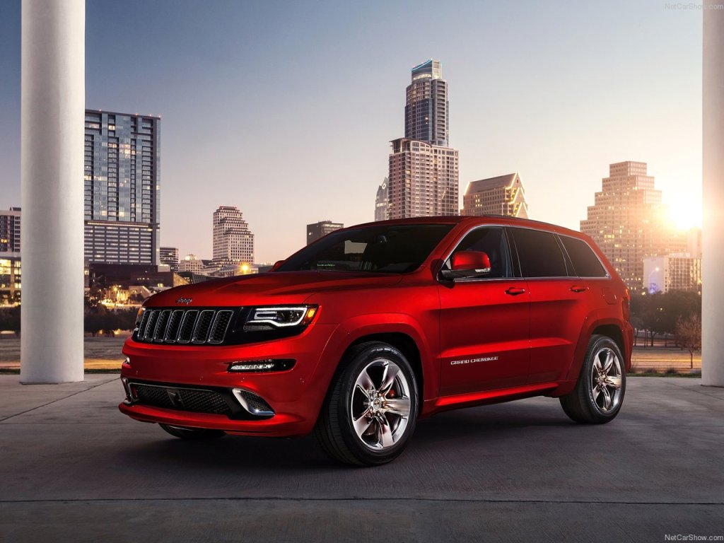 Jeep Grand Cherokee SRT HD Wallpaper
