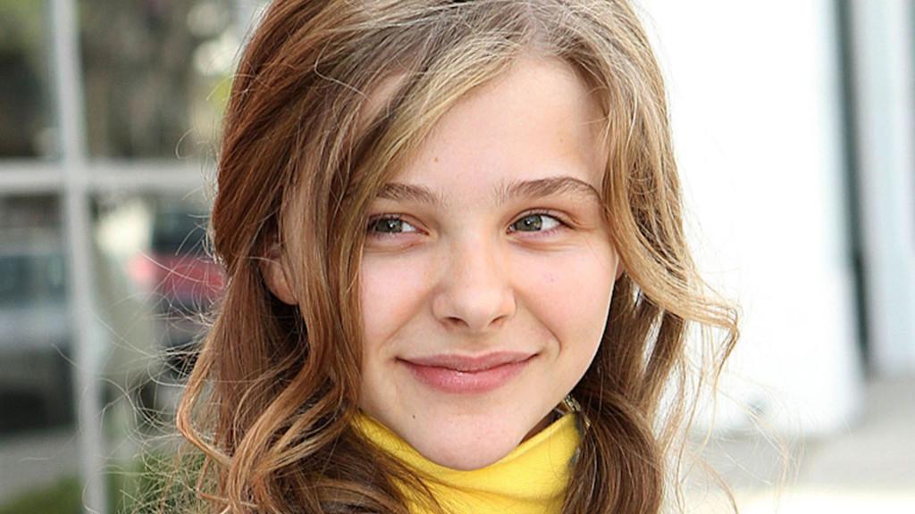 Sweet Chloe Moretz Smiling