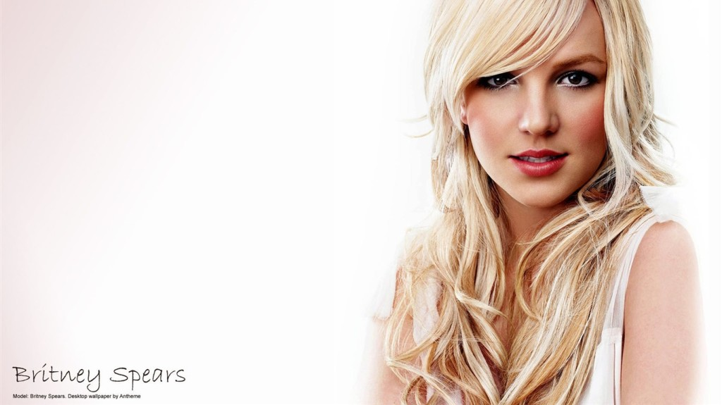 Britney Spears 1024 x 768 Wallpaper