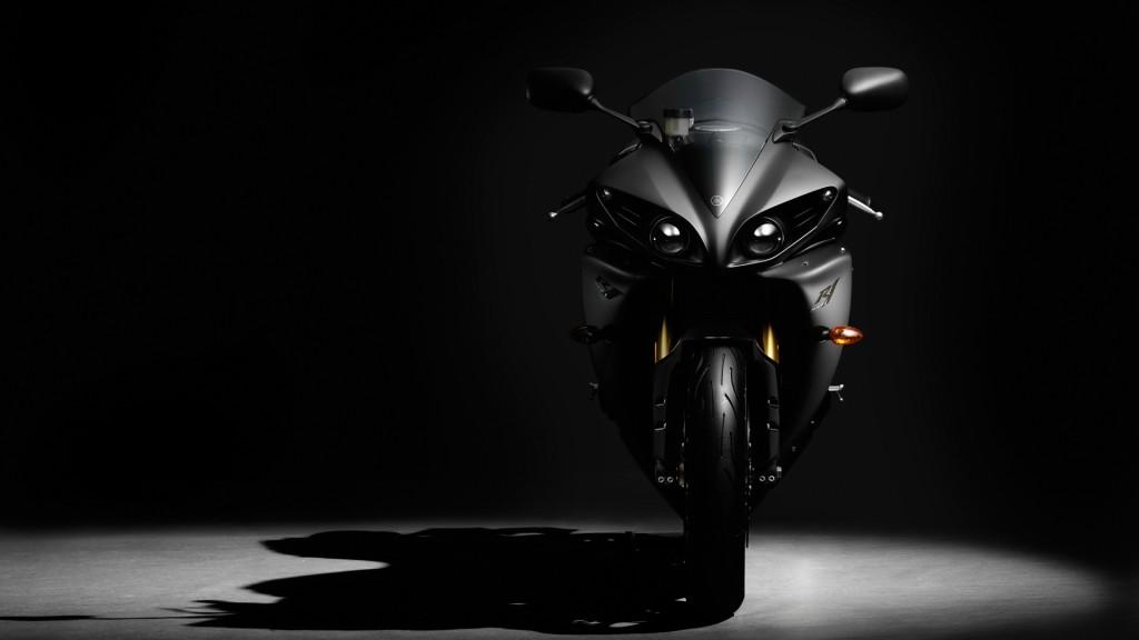 2012 Yamaha YZF R1 Wallpaper