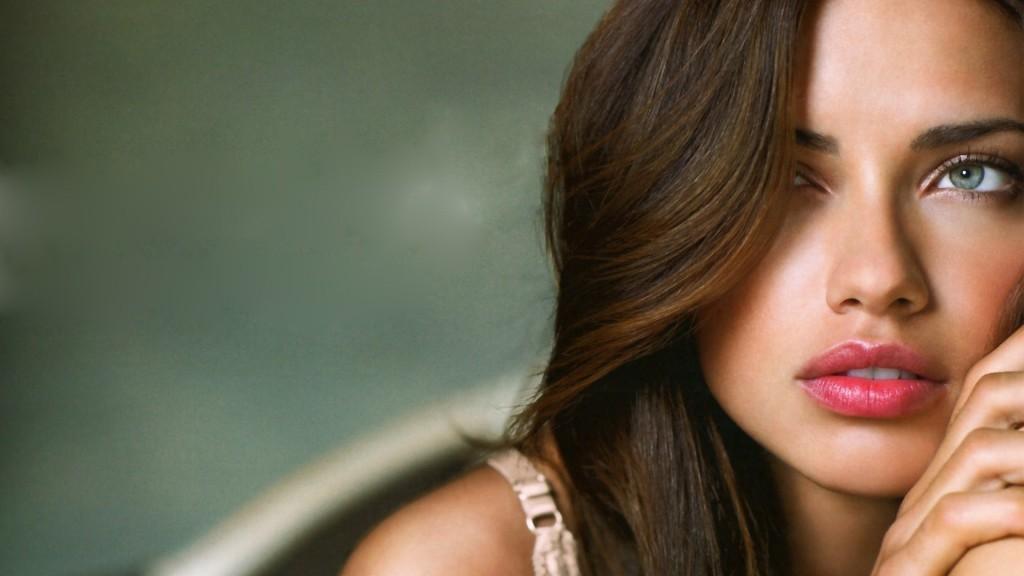 Adriana Lima HD