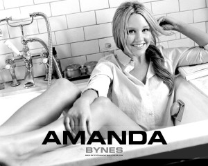 Amanda Bynes HD Wallpaper