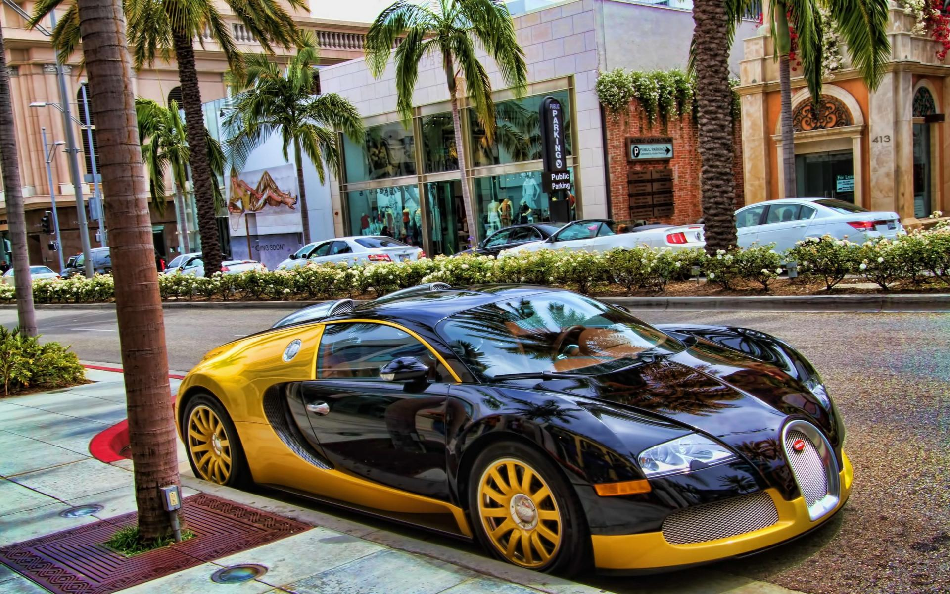 bugatti veyron in dubai. Black Bedroom Furniture Sets. Home Design Ideas