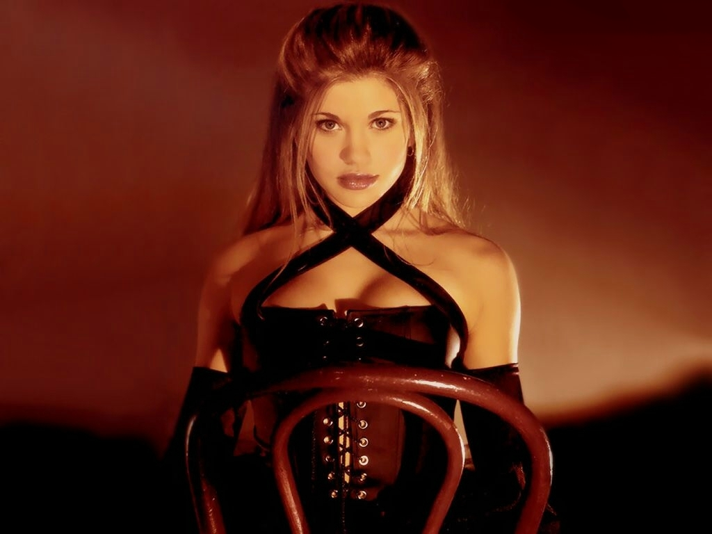 Danielle Fishel Beautiful Sexy
