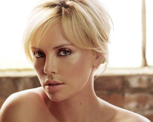 Download Charlize Theron Wallpaper