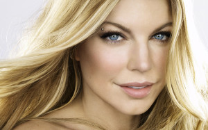 Download Fergie Wallpaper