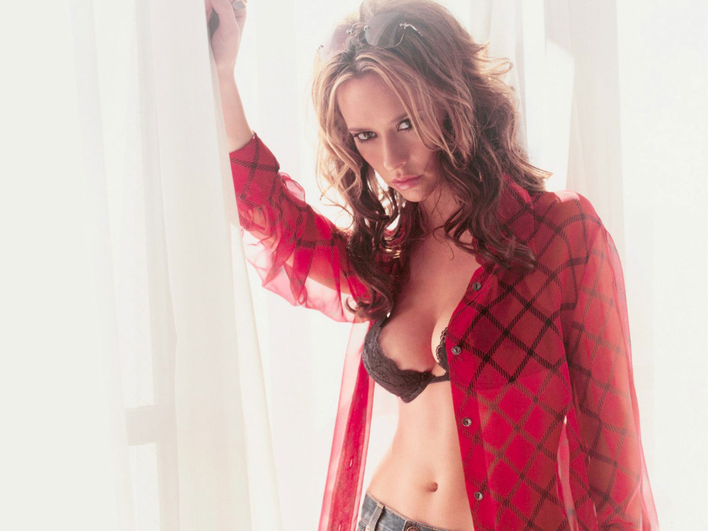 Download Jennifer Love Hewitt