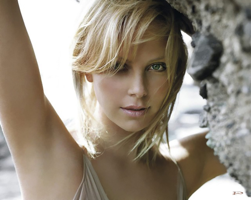 Free Charlize Theron Wallpaper