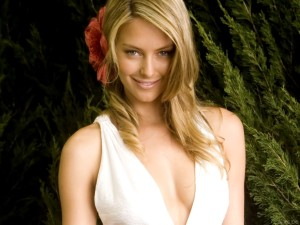 Jennifer Hawkins Smile