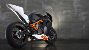 KTM 1190 RC8 R Wallpaper