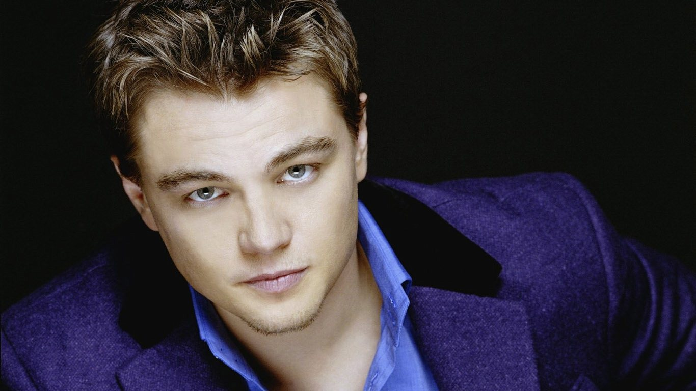 Leonardo DiCaprio Wallpapers Description Leonardo Dicaprio Wallpaper is a hi res Wallpaper for pc