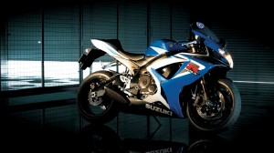 Suzuki GSX R750 Bike Wallpaper