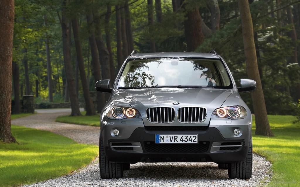 BMW X5 Wallpaper
