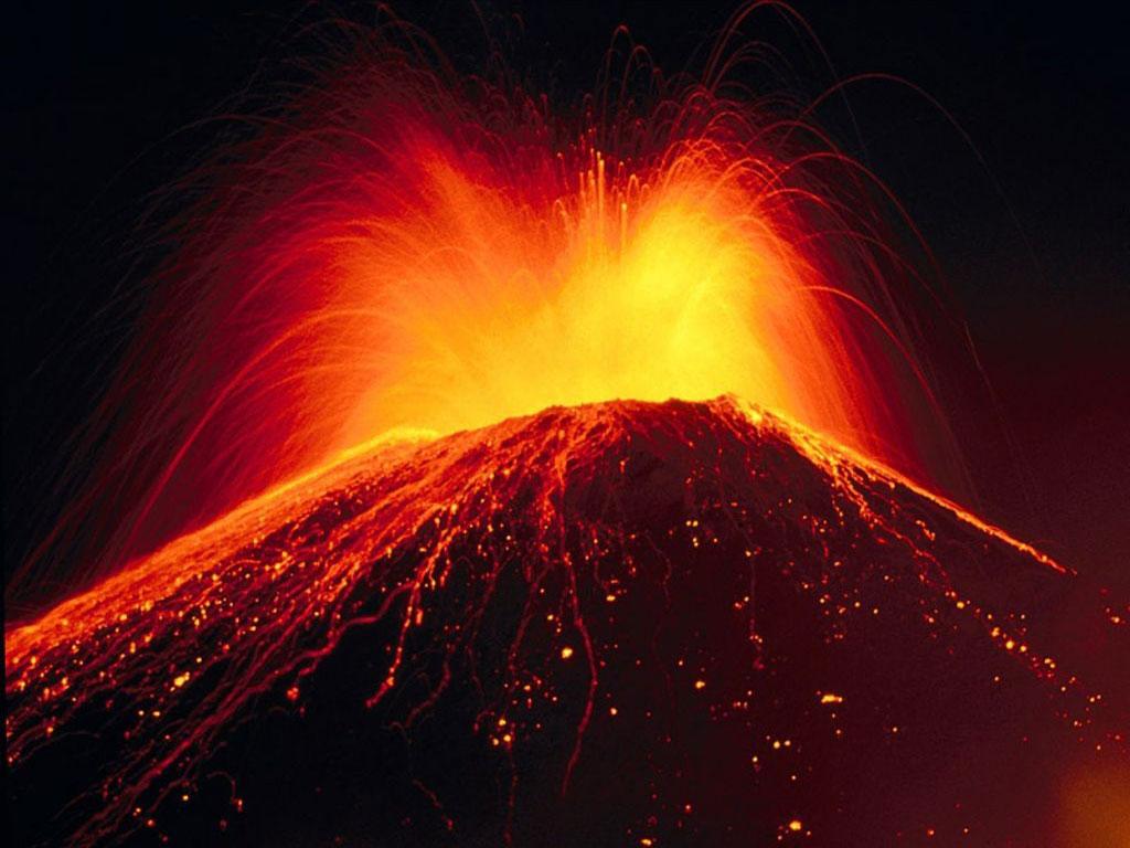 Beautiful Volcano Eruption Wallpaper